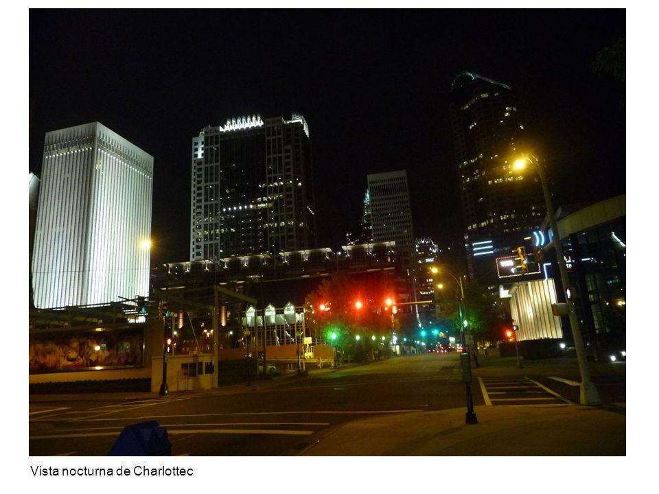 Vista nocturna de Charlottec