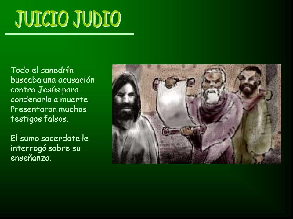Todo el sanedrín buscaba una acusación contra Jesús para condenarlo a muerte. Presentaron muchos testigos falsos. El sumo sacerdote le interrogó sobre