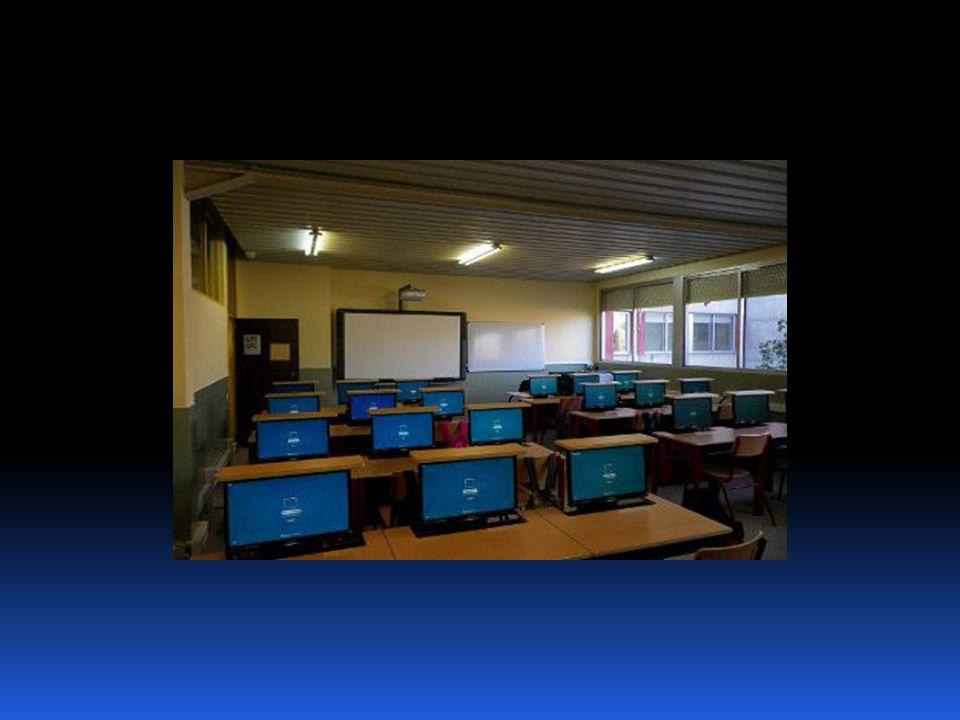 INSTITUTOS DE INNOVACIÓN TECNOLÓGICA PROYECTO DEL IES LAS ROZAS I 1.- Adecuación y formación del profesorado (1) Aprender para enseñar: el profesorado