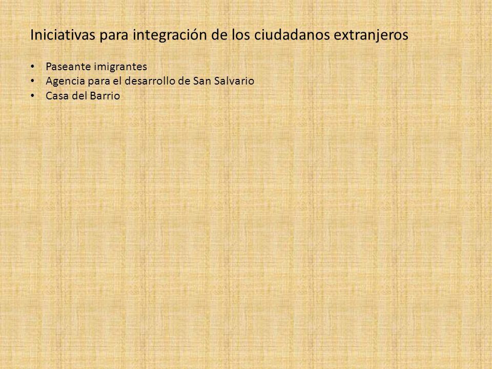 Iniciativas para integración de los ciudadanos extranjeros Paseante imigrantes Agencia para el desarrollo de San Salvario Casa del Barrio