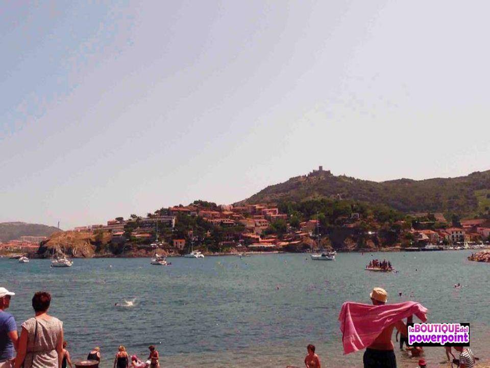 La playa de Colliure es acogedora y cómoda ya que está en el mismo pueblo