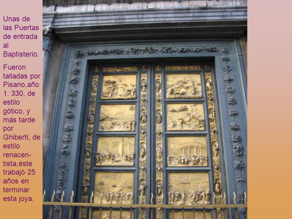 El Baptisterio. Dante amaba este edificio como muchos otros florentinos de su época. La decoración es sencilla, basada en la policromía del mármol.Per
