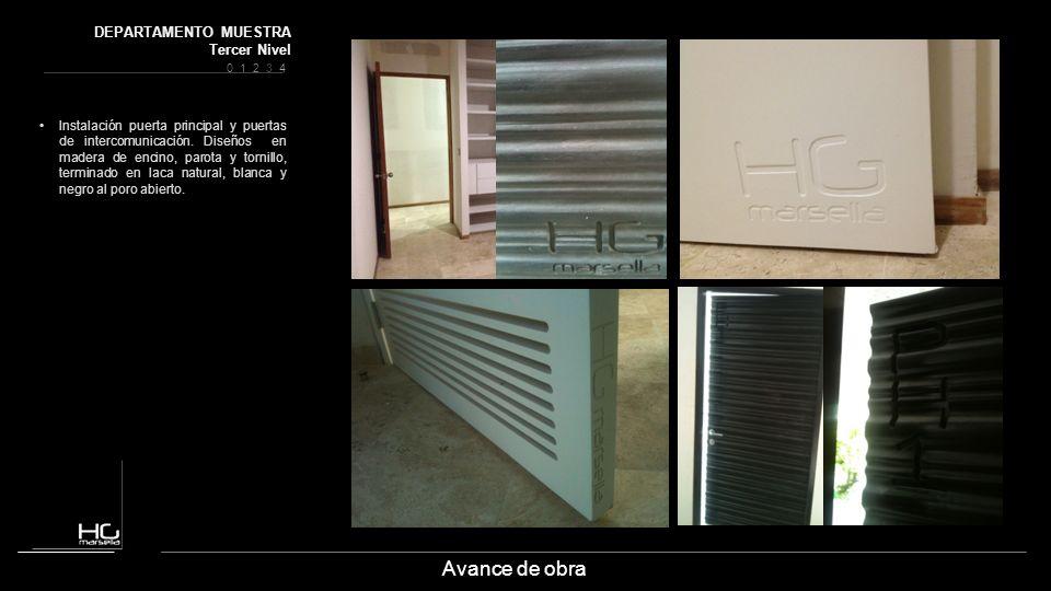 Avance de obra Instalación puerta principal y puertas de intercomunicación. Diseños en madera de encino, parota y tornillo, terminado en laca natural,