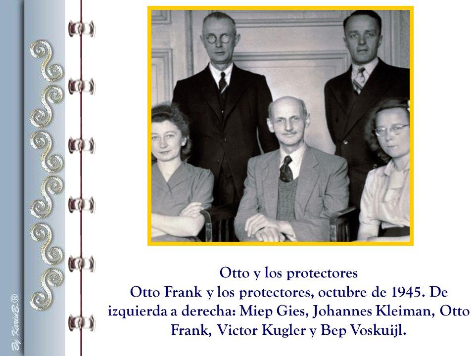 Tras largas peregrinaciones, Otto Frank regresa a Amsterdam el 3 de junio de 1945.