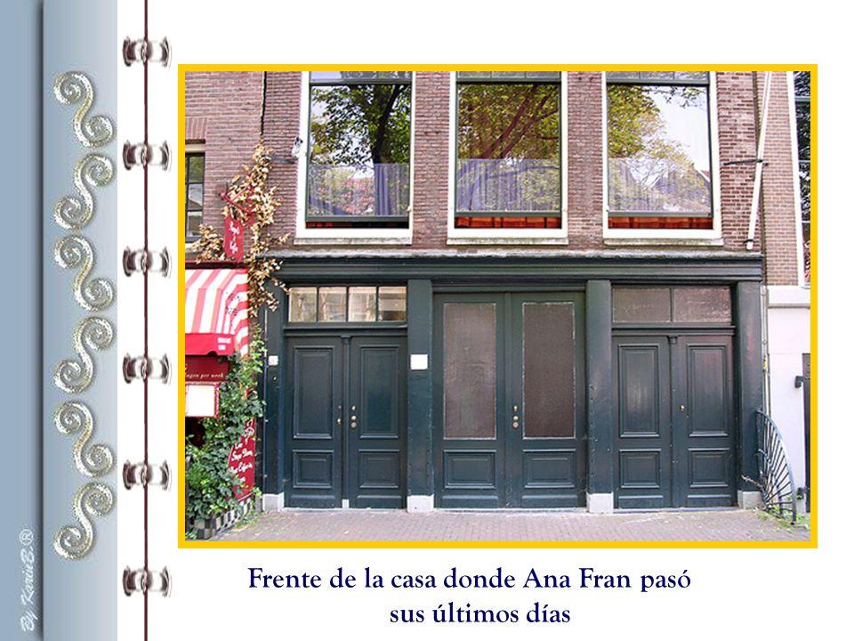 Monumento a Ana Frank, está a unos metros de la casa en donde escribió su diario