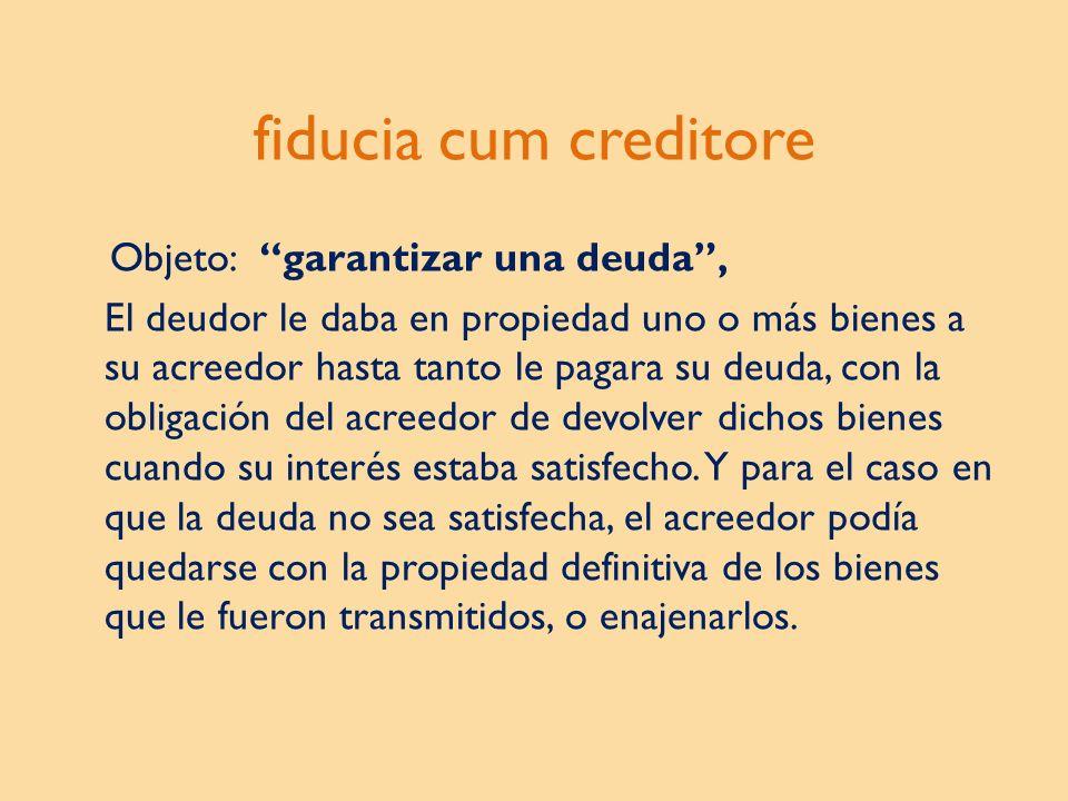 La Administración Fiduciaria corresponde al Fiduciario, que en Guatemala es una institución bancaria.
