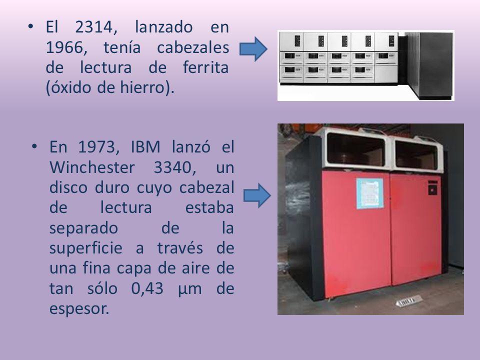 El 2314, lanzado en 1966, tenía cabezales de lectura de ferrita (óxido de hierro).