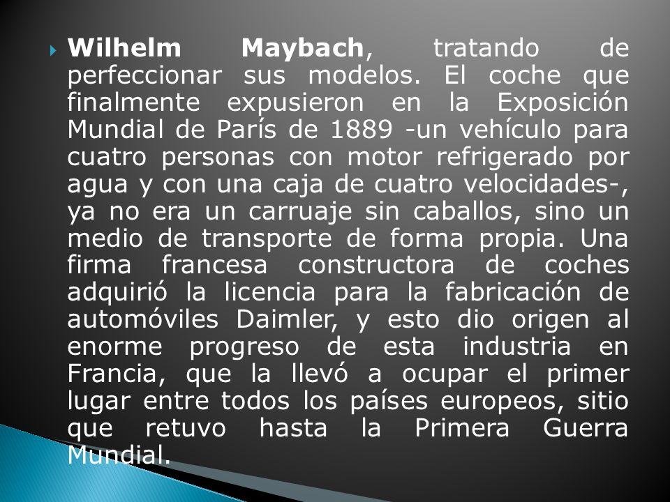 Wilhelm Maybach, tratando de perfeccionar sus modelos.