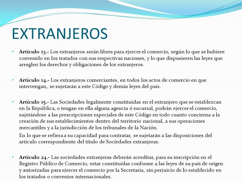 TIPOS DE ARBITRAJE AD-HOC: LAS PARTES PONEN LAS REGLAS Y DESIGNAN AL ARBITRO O ARBITROS CONFORME A ELLAS INSTITUCIONAL: SE SELECCIONA A UNA INSTITUCIÓN ADMINISTRADORA Y SE APEGAN A SUS REGLAS PARA LA DESIGNACIÓN DE ÁRBITROS PROCEDIMIENTO ARBITRAL, ETC.