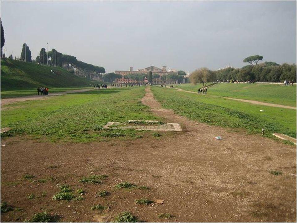Circus Maximus Circo construido por el emperador Calígula (terminado por Nerón) Obelisco