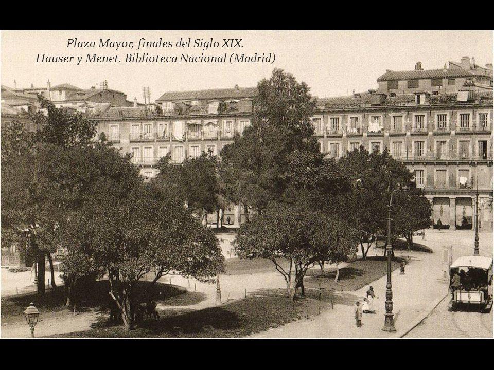 Plaza Mayor, hacia 1865. J.Laurent. Museo Municipal de Madrid