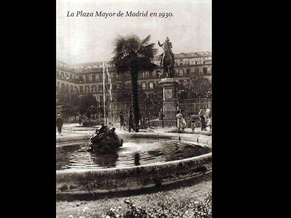 Plaza Mayor, 1930. Anónimo. Museo Municipal (Madrid)