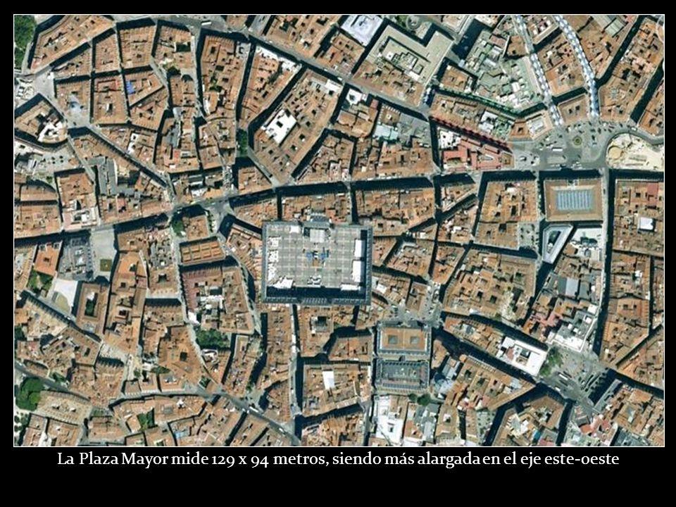 Plaza Mayor, durante la construcción del aparcamiento subterráneo, 1968 Autor desconocido. Colección Izquierdo-Mariblanca (Madrid)