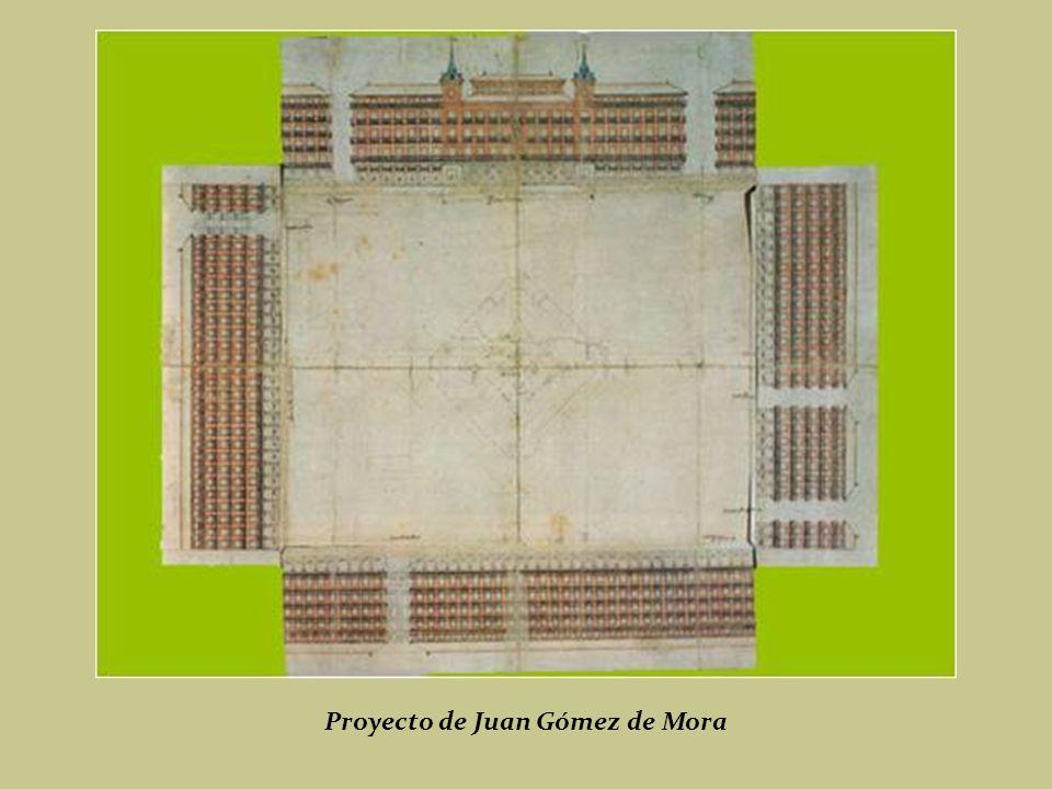 En 1617, Felipe III, encargó la finalización de las obras a Juan Gómez de Mora, quién concluirá la plaza en 1619. Placa conmemorativa