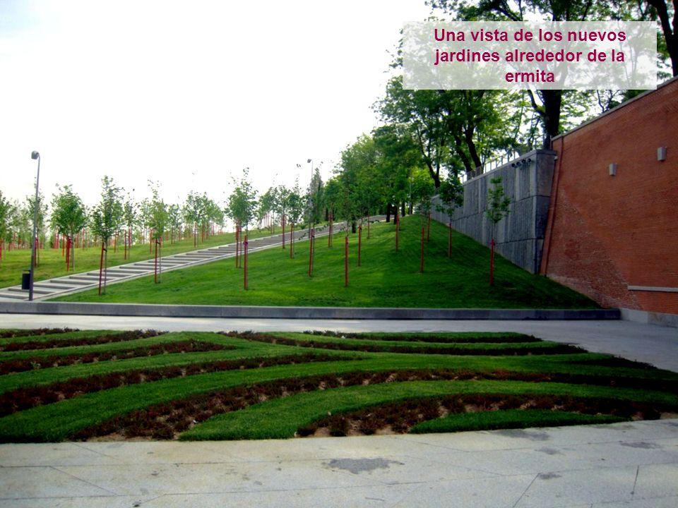 Una vista de los nuevos jardines alrededor de la ermita