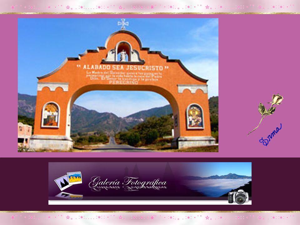 Una pequeña imagen de nuestra Madre Celestial en la advocación de Nuestra Señora del Rosario, un dulce de guayaba, un chicle… son presentes que compra