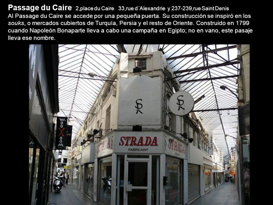 Pasaje du Grand Cerf 145,rue Saint Denis y 10,rue Dussoubs Ocupado en su mayoría por negocios de diseño, el Passage du Grand Cerf es arquitectónicamen