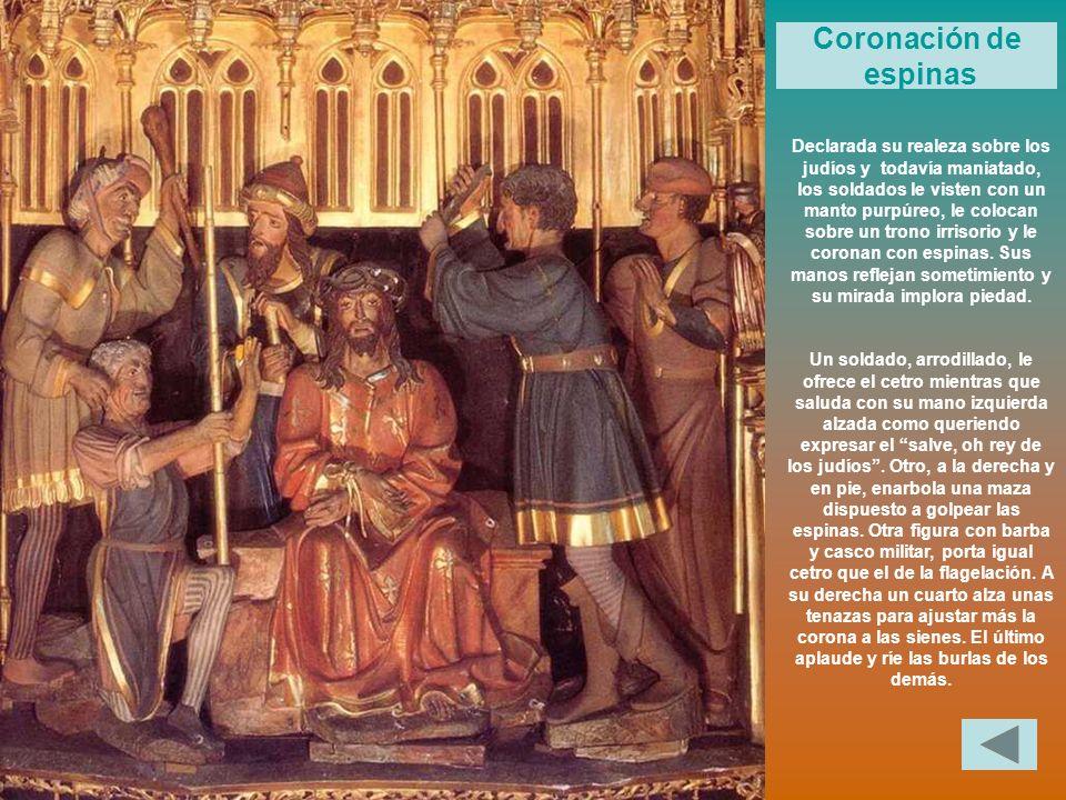 Declarada su realeza sobre los judíos y todavía maniatado, los soldados le visten con un manto purpúreo, le colocan sobre un trono irrisorio y le coro