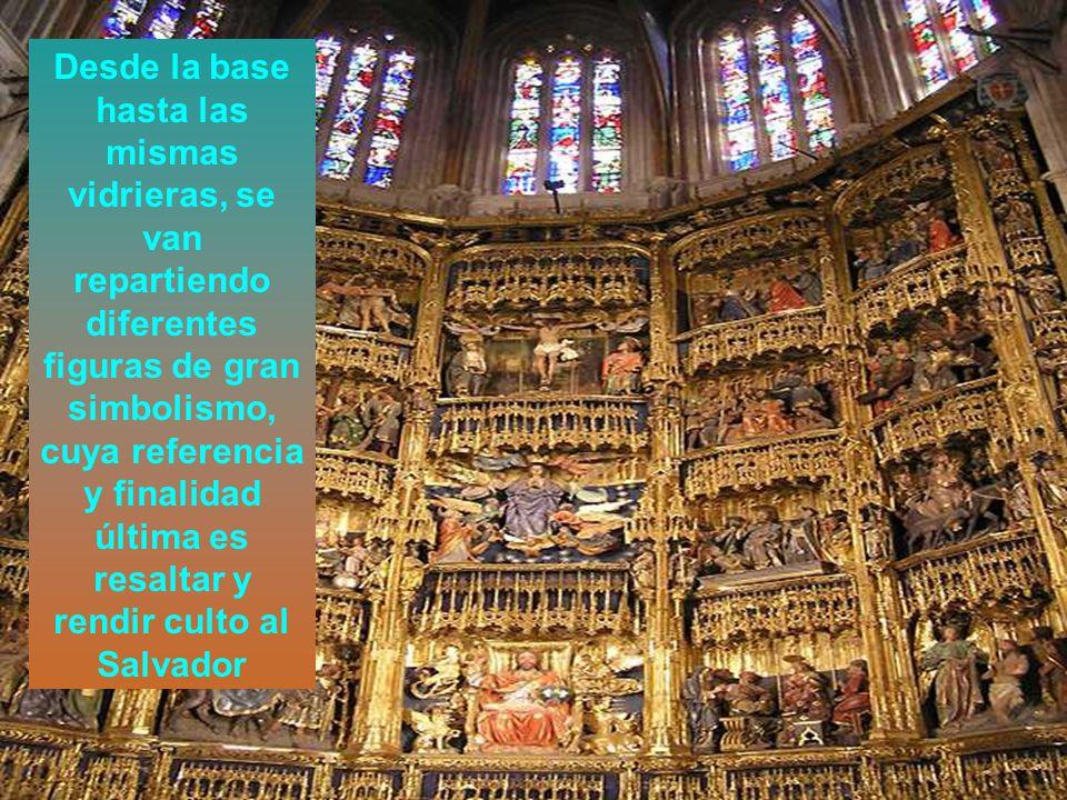 Desde la base hasta las mismas vidrieras, se van repartiendo diferentes figuras de gran simbolismo, cuya referencia y finalidad última es resaltar y r