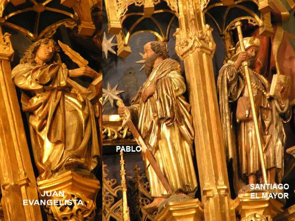 De 2 en dos, como haciendo un cortejo en torno al Salvador. De izquierda a derecha: Mateo-Bartolomé Santiago-Juan Andrés-Pedro Tomás-Simón Felipe-Matí