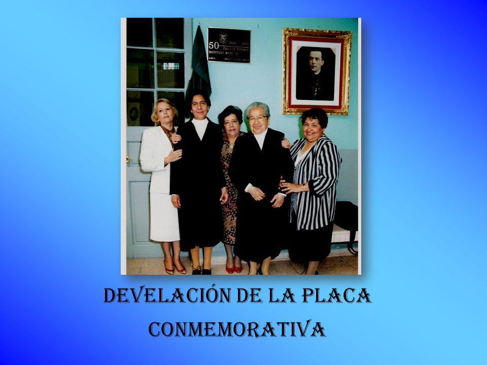 DEVELACIÓN DE LA PLACA CONMEMORATIVA