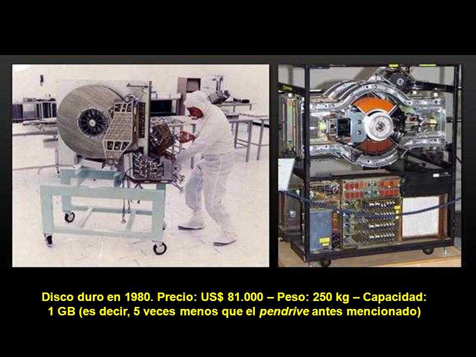 En 1969, e n plena guerra fría entre USA y URSS, la ARPA (Advanced Research Projects Agency, una sección del Departamento de Defensa de los Estados Un
