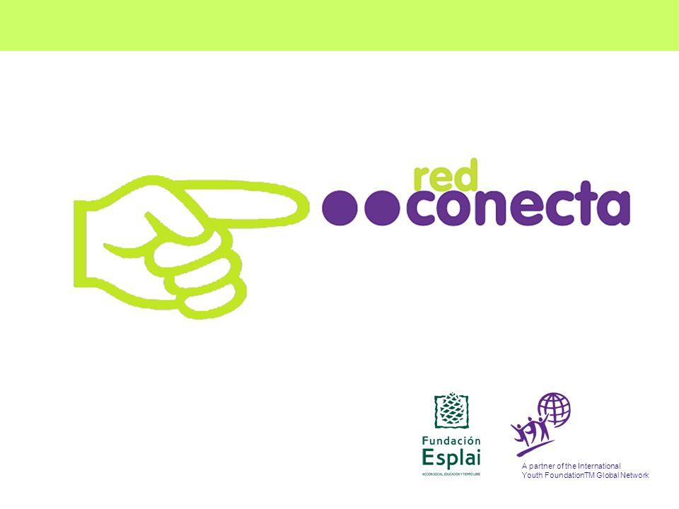 FUNDACIÓN ESPLAI La Fundación Esplai Está formada por: Tiene como objetivos principales: La lucha contra la exclusión social La educación de niños y jóvenes en el tiempo libre El desarrollo asociativo