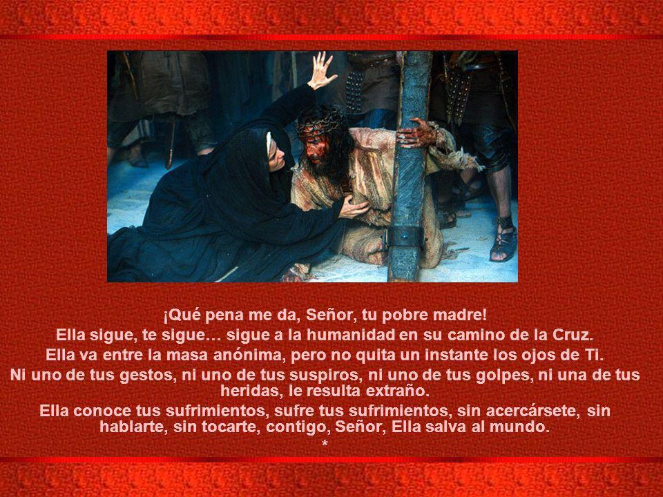 IV ESTACIÓN: JESÚS ENCUENTRA A SU MADRE. Y una espada atravesará tu alma (Lc. 2,35)