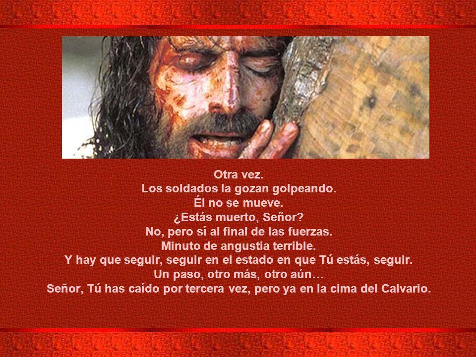 IX ESTACION: JESÚS CAE POR TERCERA VEZ.