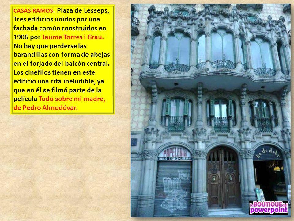 LA CASA VICENS los muros tienen esgrafiados de motivos vegetales, así como pinturas obra de Josep Torrescasana; Gaudí diseñó igualmente el mobiliario