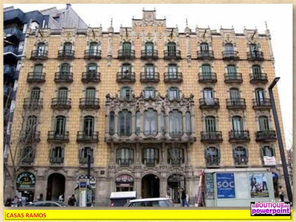 CASAS RAMOS. Plaza de Lesseps, Tres edificios unidos por una fachada común construidos en 1906 por Jaume Torres i Grau. No hay que perderse las barand