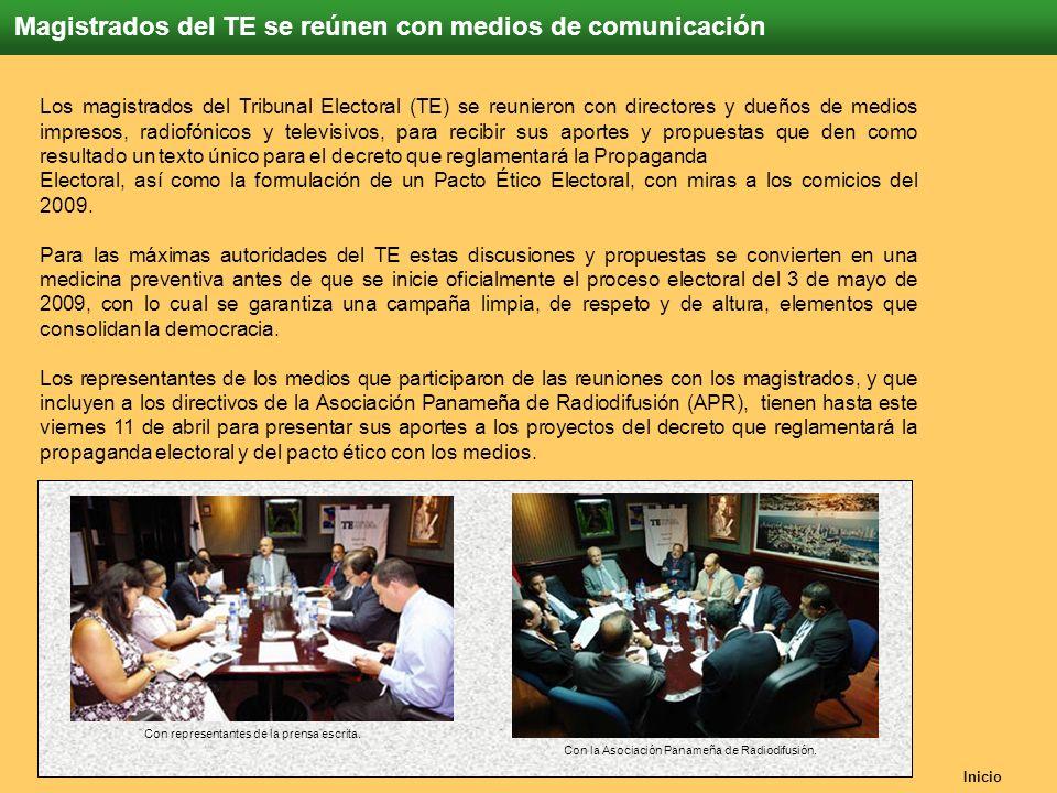 Inicio Magistrados del TE se reúnen con medios de comunicación Con representantes de la prensa escrita. Los magistrados del Tribunal Electoral (TE) se