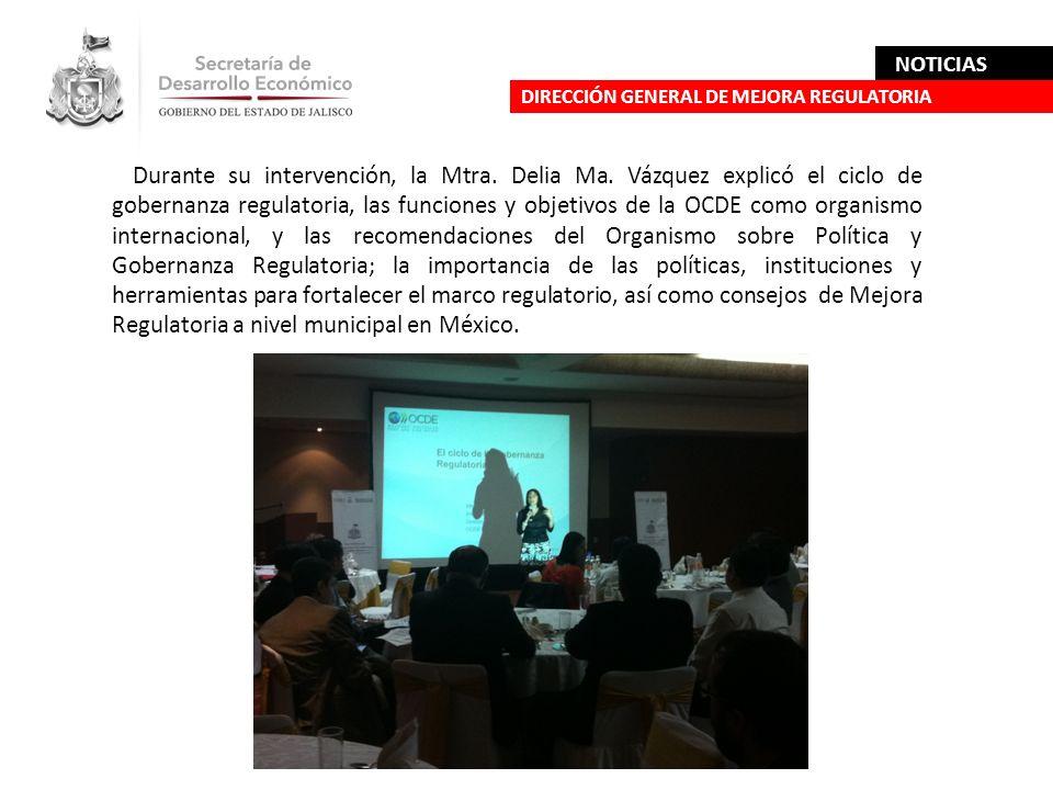 Durante su intervención, la Mtra. Delia Ma. Vázquez explicó el ciclo de gobernanza regulatoria, las funciones y objetivos de la OCDE como organismo in