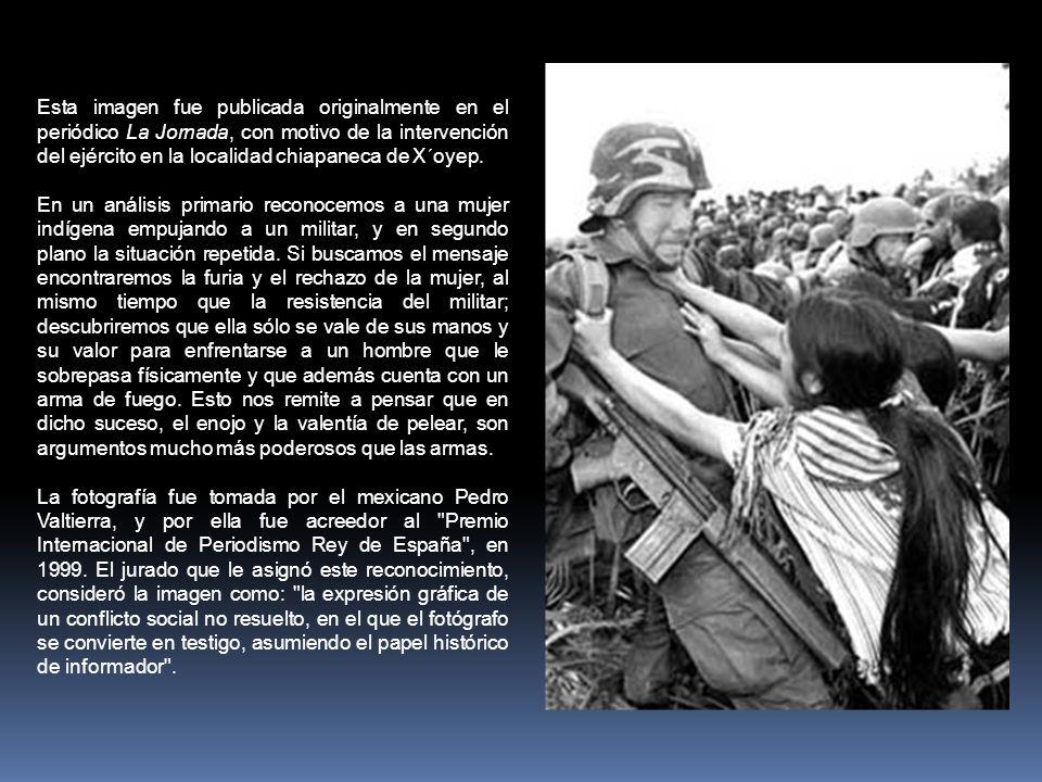 Esta imagen fue publicada originalmente en el periódico La Jornada, con motivo de la intervención del ejército en la localidad chiapaneca de X´oyep.