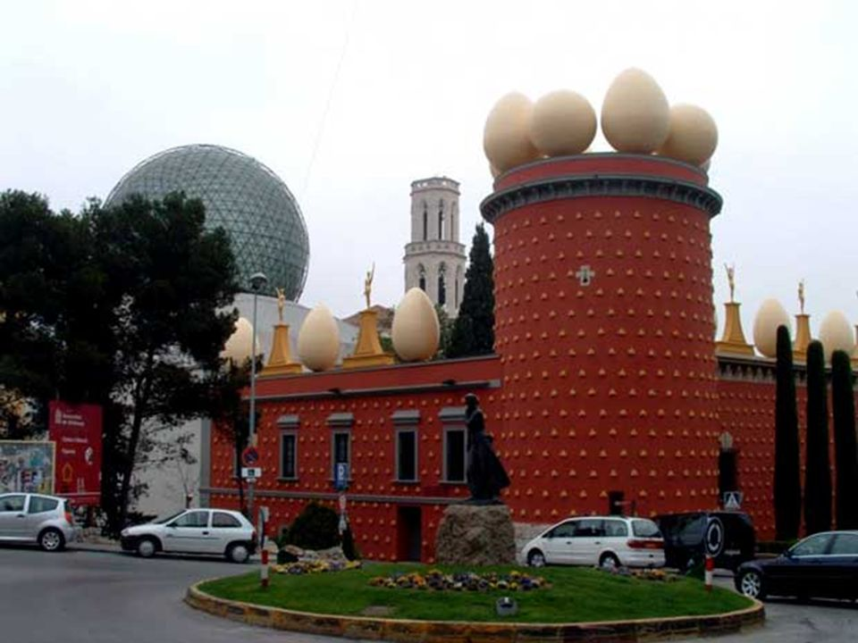 Es un templo totalmente abovedado.