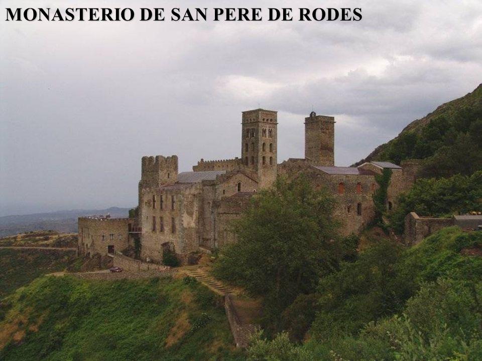 IGLESIA DE SANTA MARIA DE LLADO La iglesia de Santa Maria, que formaba parte del conjunto del Monasterio, es una iglesia románica del S. XII. El templ