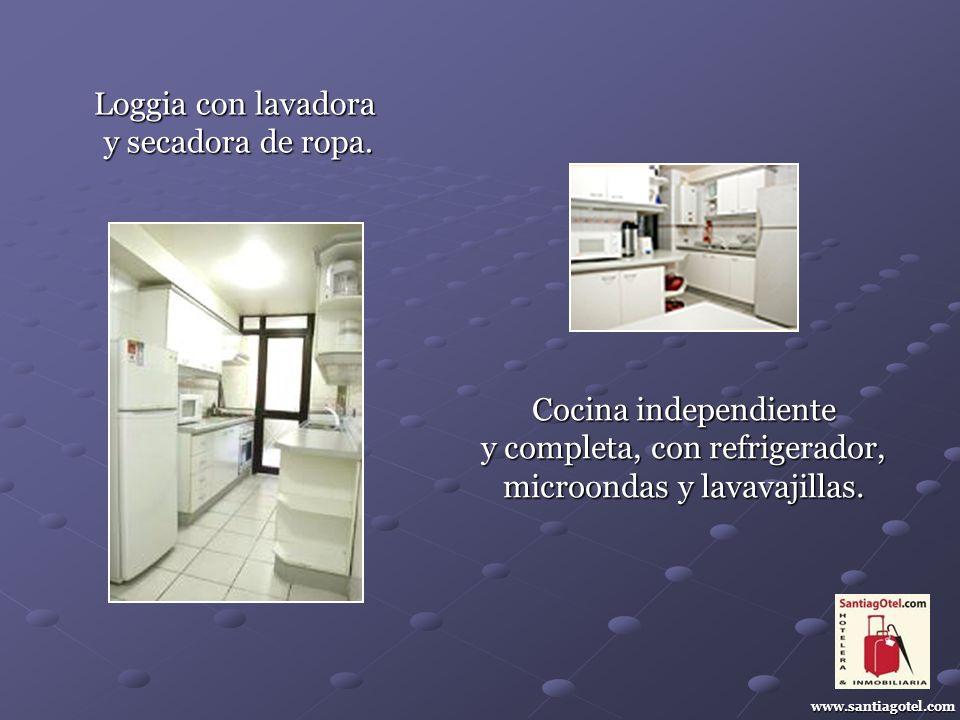 www.santiagotel.com Loggia con lavadora y secadora de ropa.