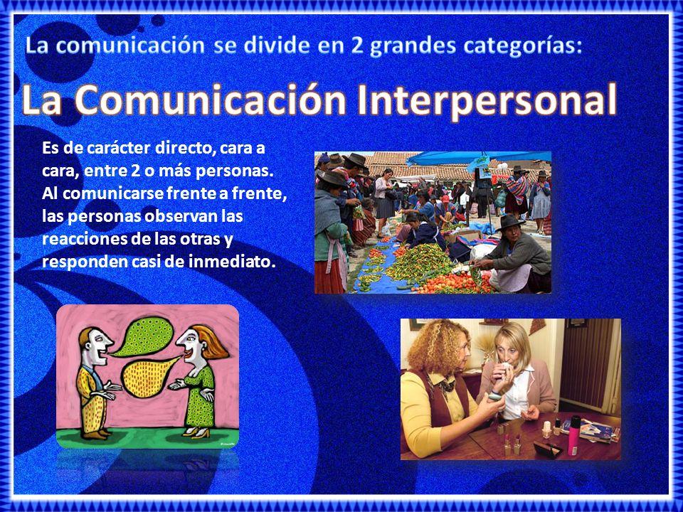 Se refiere a la comunicación con grandes audiencias mediante medios de comunicación de masivos.