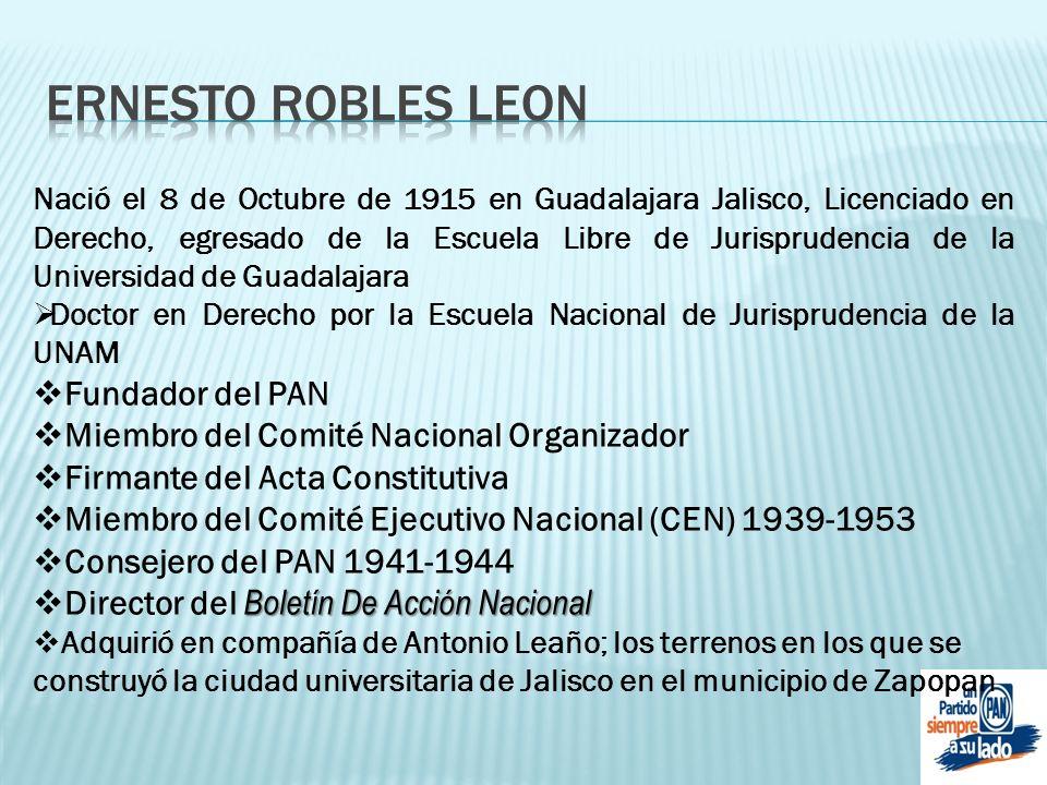 Nació el 8 de Octubre de 1915 en Guadalajara Jalisco, Licenciado en Derecho, egresado de la Escuela Libre de Jurisprudencia de la Universidad de Guada