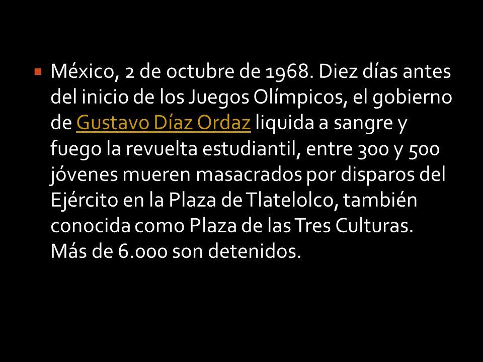El 27 de agosto más de 200.000 estudiantes marcharon por el centro de la ciudad de Ciudad de México y se instalaron en el Zócalo (plaza central del D.