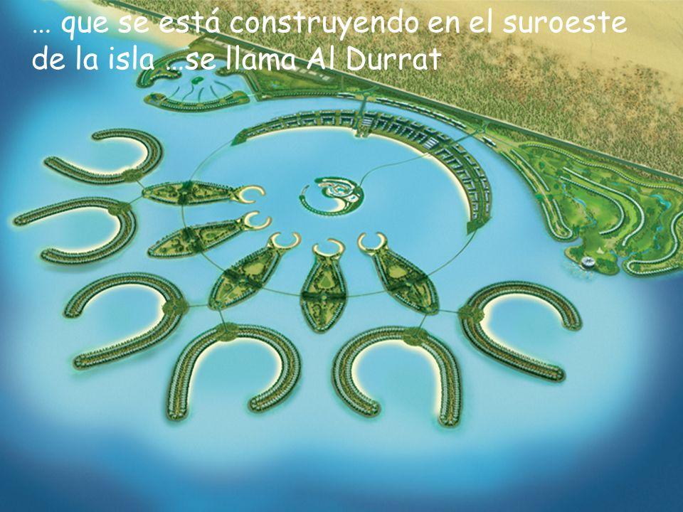 El proyecto incluye seis islas de Atoll ( C ), cinco islas del pétalo (en forma de pez), una isla independiente (en el centro) Hecha para contener un hotel Familiar cinco-estrellas.