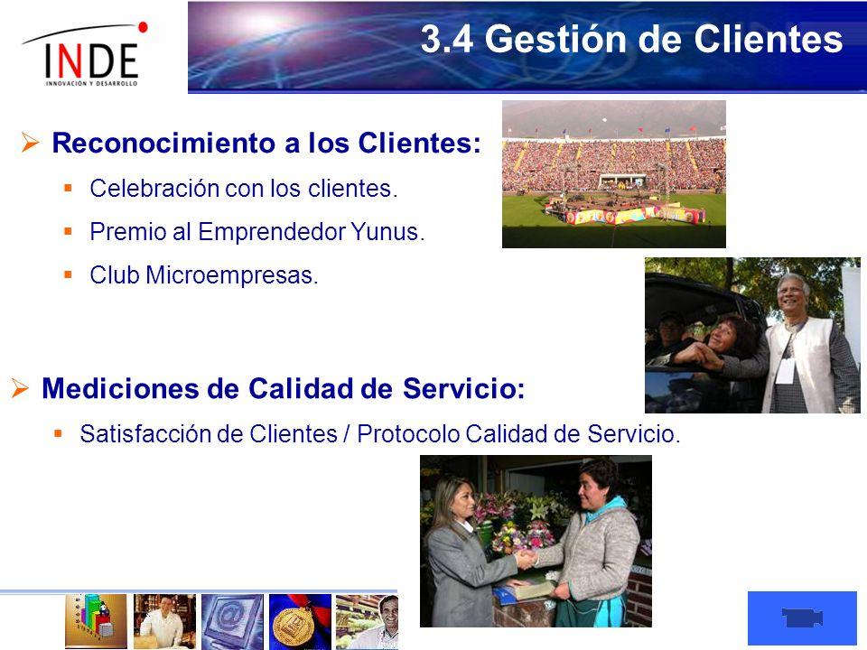 Reconocimiento a los Clientes: Celebración con los clientes.