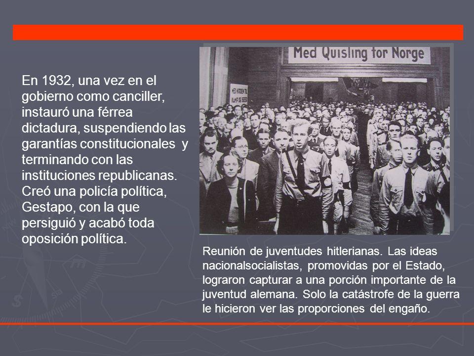 En 1932, una vez en el gobierno como canciller, instauró una férrea dictadura, suspendiendo las garantías constitucionales y terminando con las instituciones republicanas.