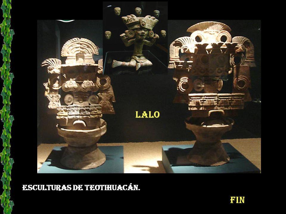 Actualmente se siguen presentando danzantes como en el México antigüo, celebrando ceremonias a los dioses.