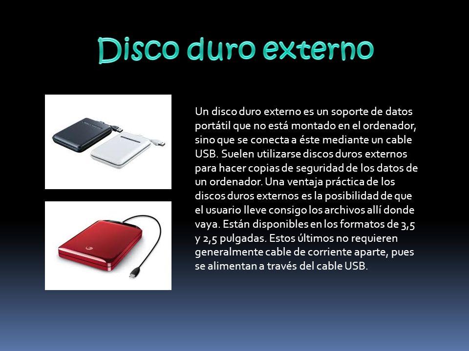 el disco duro interno se podría considerar un pen drive pero en grande y con muchísima mas capacidad..