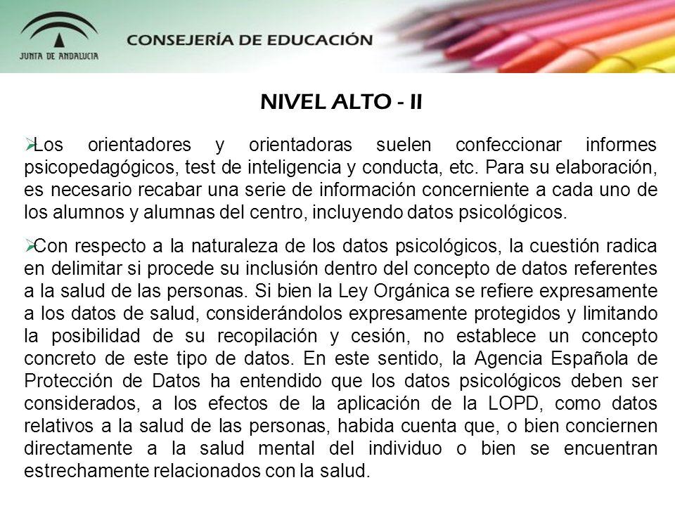 Los orientadores y orientadoras suelen confeccionar informes psicopedagógicos, test de inteligencia y conducta, etc. Para su elaboración, es necesario