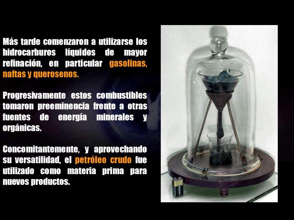 En los siglos XVIII y XIX, cuando se construyeron y difundieron los primeros motores, se procuraron obtener combustibles apropiados para permitir su f