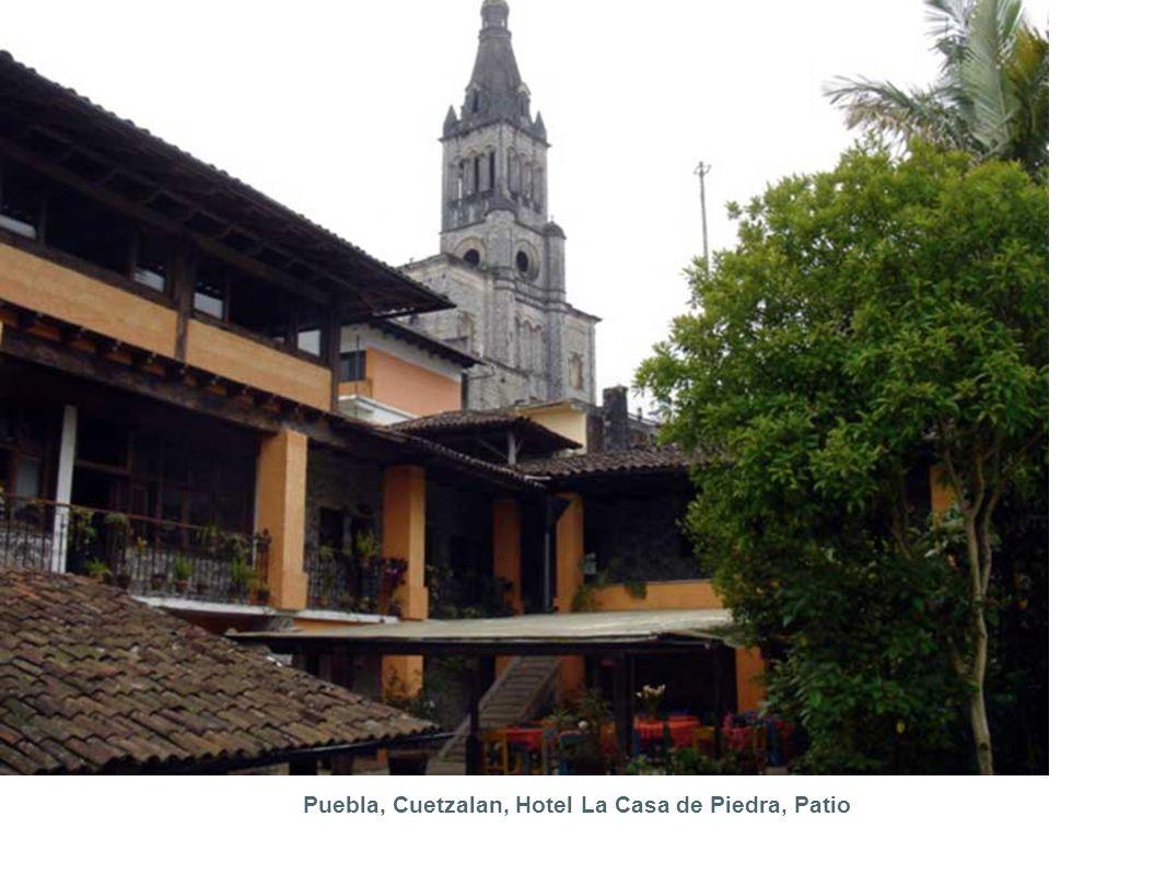 Puebla, Cuetzalan, Hotel La Casa de Piedra, Patio