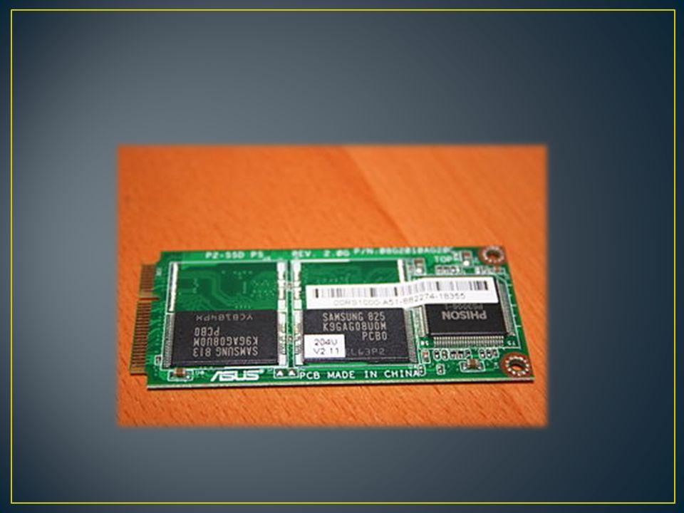 Una unidad de estado sólido o SSD (acrónimo en inglés de solid-state drive) es un dispositivo de almacenamiento de datos que usa una memoria no volátil, como la memoria flash, o una memoria volátil como la SDRAM, para almacenar datos, en lugar de los platos giratorios magnéticos encontrados en los discos duros convencionales.