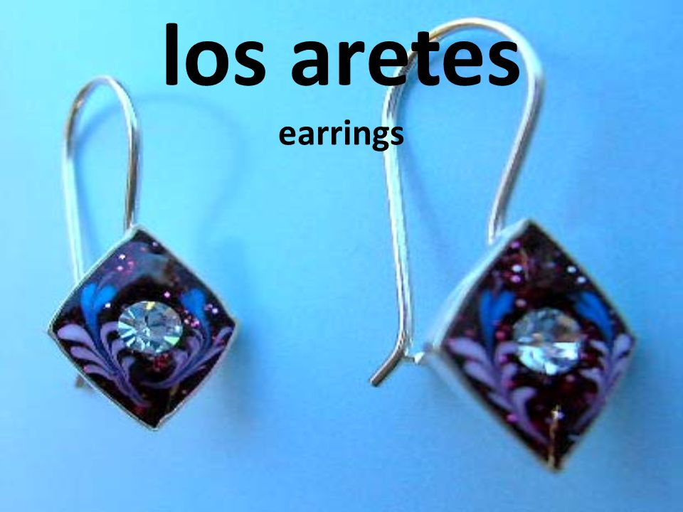 los aretes earrings